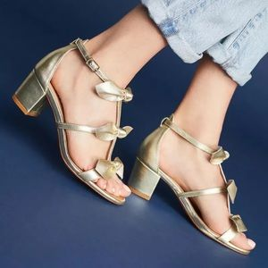 Anthropologie adorable gold bow sandal 8.5